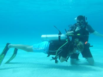 diving caribbean training image